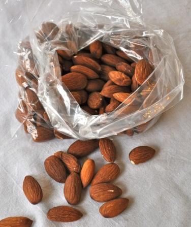 5 Almonds